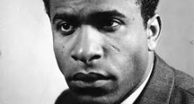 Dr Seydi Diamil Niane – Hommage à Frantz Fanon
